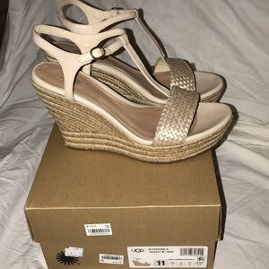 Super cute brand new gold UGG wedges